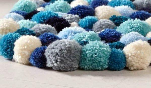 como hacer alfombra con pompones