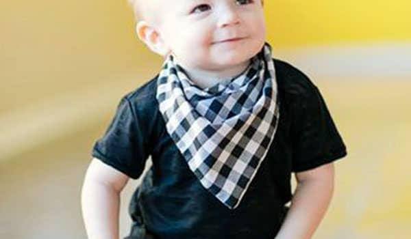 como hacer babero bandana para bebe