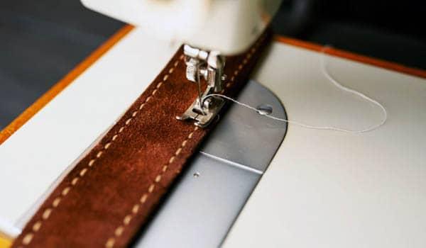 tipos de maquina para coser cuero